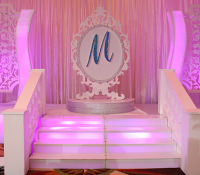 Modern Stage For Quinces, Paris Quince Stage, Miami quinces, Miami Quinces, Quince Stages, Quinceaneras, Miami Partys , Sweet 16\'s, 15 Teens, ispdj,